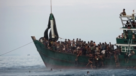 boat refugees, www.nerdatron.com, World War Z book